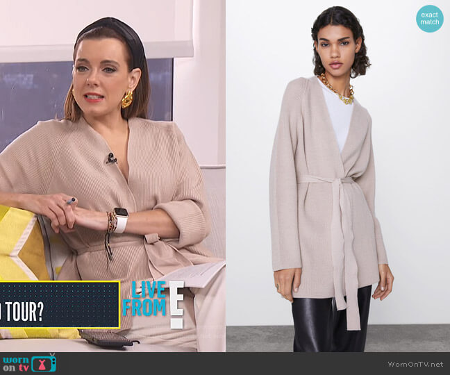 Cardigan with Belt by Zara worn by Melanie Bromley  on E! News