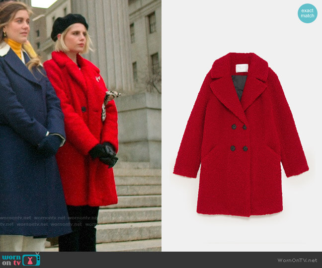 Zara Faux Shearling Colored Coat worn by Astrid (Lucy Boynton) on The Politician