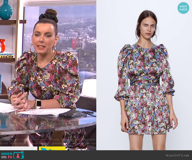Printed Mini Dress by Zara worn by Melanie Bromley  on E! News