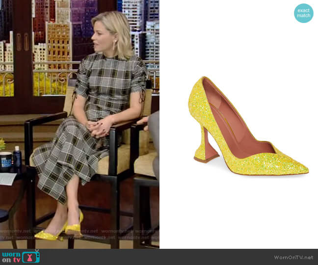 Giorgia Pump by Amina Muaddi worn by Elizabeth Banks on Live with Kelly and Ryan