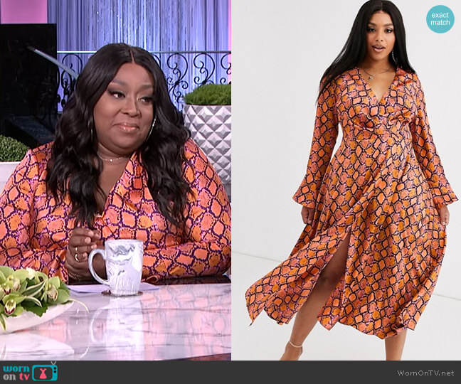 Wrap Maxi Dress in Bright Snake Print by Asos Curve worn by Loni Love  on The Real