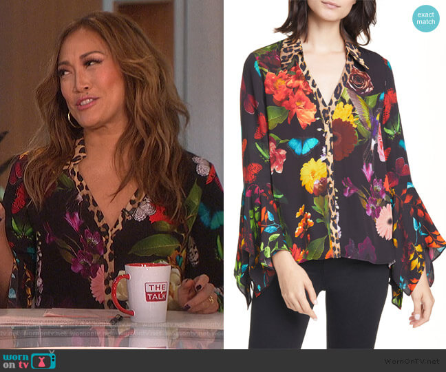 Randa Mixed Print Blouse by Alice + Olivia worn by Carrie Inaba  on The Talk