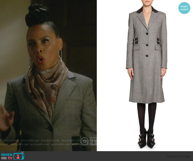 Plaid Leather-Collar Single Breasted Coat by Altuzarra worn by Tegan Price (Amirah Vann) on HTGAWM
