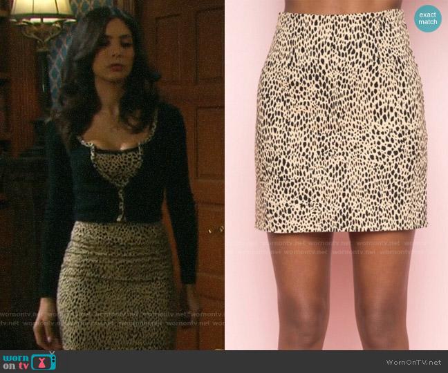 Brandy Melville Phoebe Leopard Skirt worn by Gabi Hernandez (Camila Banus) on Days of our Lives
