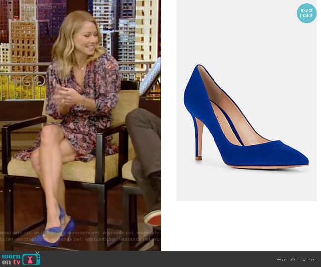 Gianvito Suede Pumps by Gianvito Rossi worn by Kelly Ripa  on Live with Kelly & Ryan