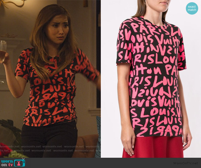 Graffiti print T-shirt by Louis Vuitton worn by Madison Maxwell (Brenda Song) on Dollface