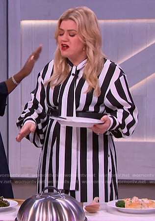 Kelly's striped tie neck dress on The Kelly Clarkson Show