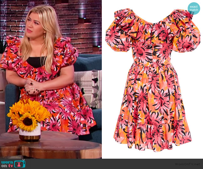 V-Neck Puff Sleeve Cotton Dress by Michael Kors worn by Kelly Clarkson  on The Kelly Clarkson Show