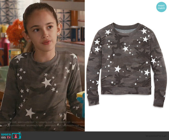 Star Print Camo Top by Play Six worn by Anna-Kat Otto (Julia Butters) on American Housewife