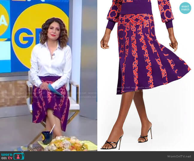 Pleated Sweater Skirt - 7th Avenue by New York & Company worn by Cecilia Vega  on Good Morning America