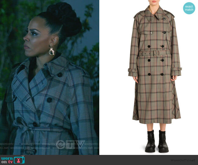 Prince of Wales-check wool trench coat by Stella McCartney worn by Tegan Price (Amirah Vann) on HTGAWM