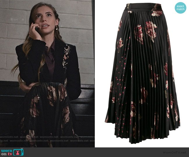 Mixed Tulip Satin Skirt by Vince worn by Stephanie 'Stevie' McCord (Wallis Currie-Wood) on Madam Secretary