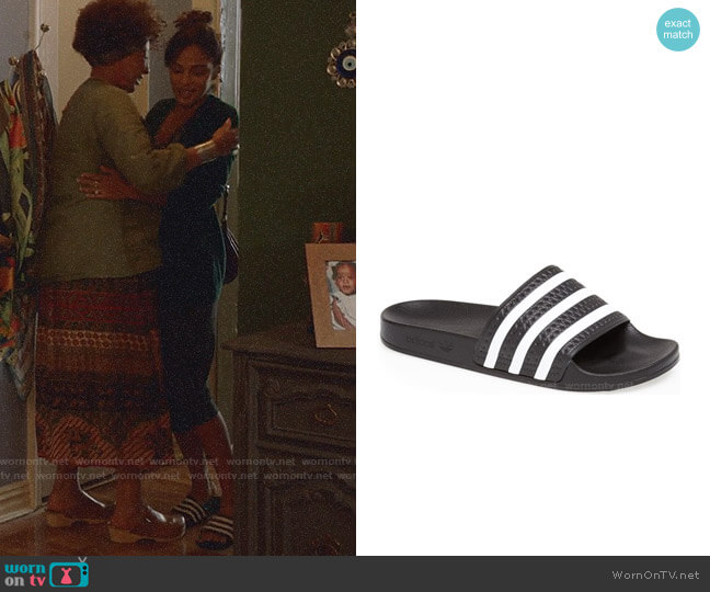 Adidas Adilette Slide Sandals worn by Edie Palmer (Megalyn Echikunwoke) on Almost Family