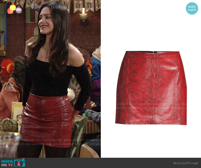 Alice + Olivia Elana Snakeskin Skirt worn by Lola Rosales (Sasha Calle) on The Young & the Restless
