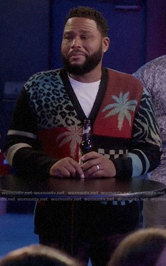 Andre's patchwork print cardigan on Black-ish