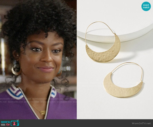 Anthropologie Crescent Hoop Earrings worn by Ali Finer (Javicia Leslie) on God Friended Me