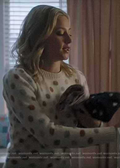 Betty's polka dot sweater on Riverdale