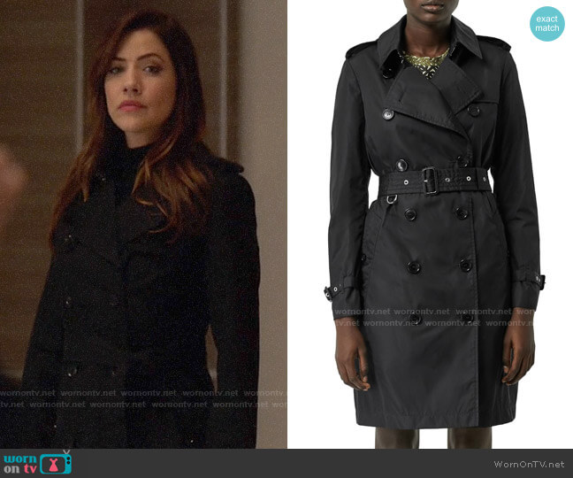 Burberry Kensington Trench worn by Andrea Rojas (Julie Gonzalo) on Supergirl