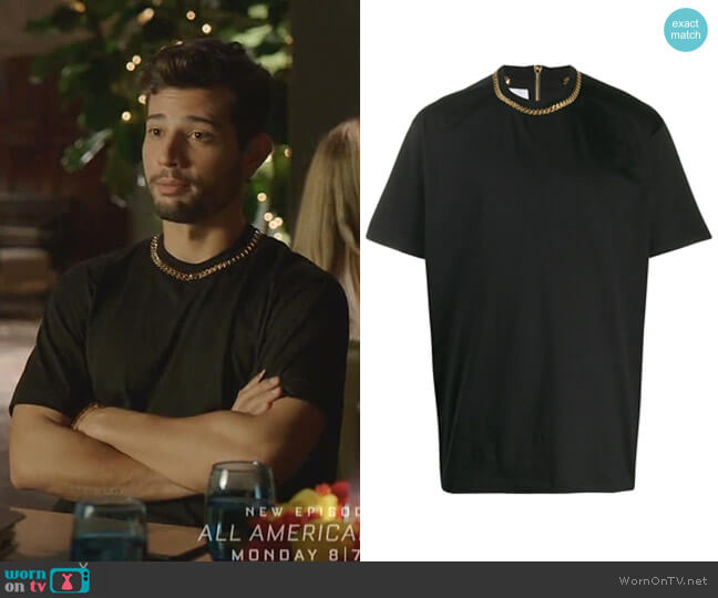Chain Detail T-Shirt by Burberry worn by Sam Flores (Rafael de la Fuente) on Dynasty