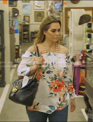 D'Andra's Gucci black shoulder bag on The Real Housewives of Dallas