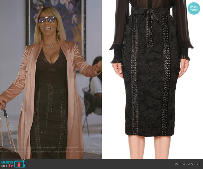 Lace-Up Jacquard Midi Pencil Skirt by Dolce & Gabbana worn by Giselle (Nicole Ari Parker) on Empire