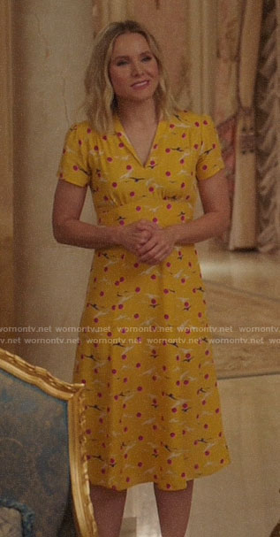 Eleanor's yellow bird and dot print dress on The Good Place
