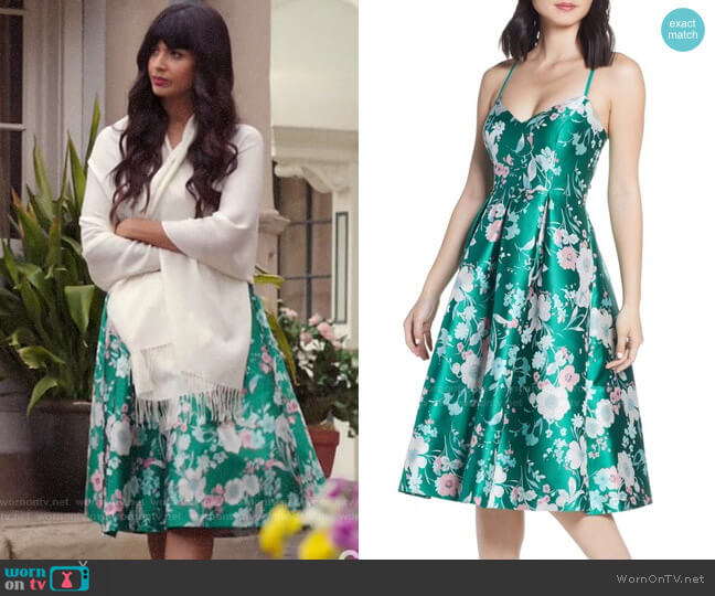 Wornontv Tahani S Green Floral Dress On The Good Place