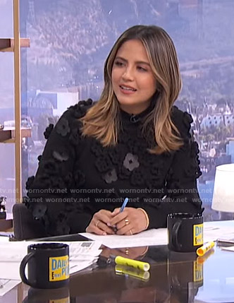 Erin's black floral applique sweater on E! News Daily Pop