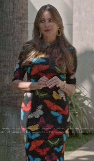 Gloria's butterfly print Thanksgiving dress on Modern Family