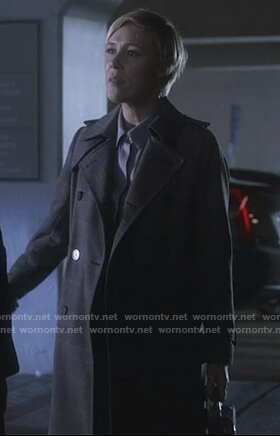 Bonnie's gray plaid coat on How to Get Away with Murder