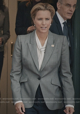Elizabeth's gray blazer on Madam Secretary