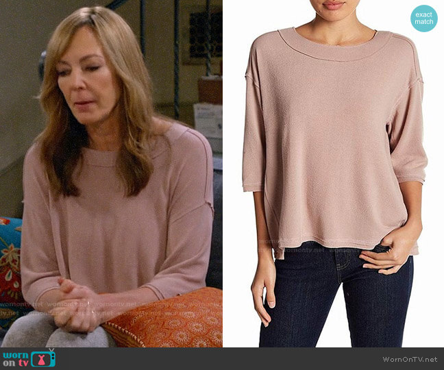 H By Bordeaux Mauve Petite Pullover worn by Bonnie Plunkett (Allison Janney) on Mom