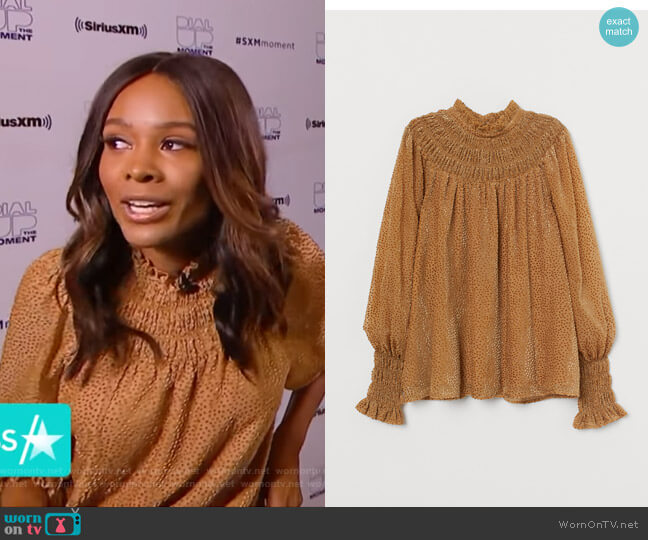 Burnout-Patterned Blouse by H&M worn by Zuri Hall  on Access Hollywood