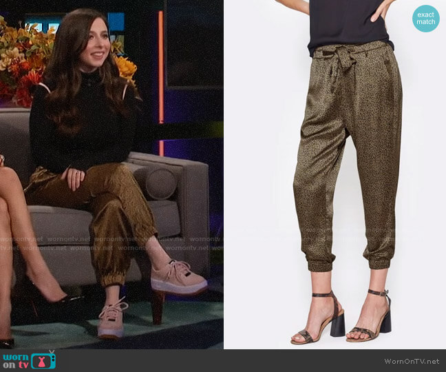 Joie Sequoya Pants worn by Esther Povitsky on A Little Late with Lilly Singh