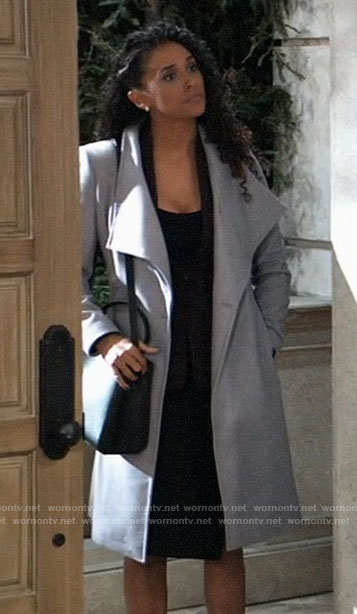 Jordan's grey coat on General Hospital