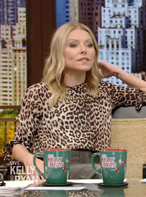 Kelly's leopard print top and leather pants on Live with Kelly and Ryan
