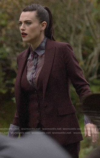 Lena's burgundy suit on Supergirl