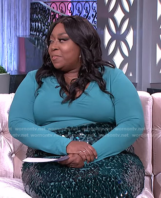 Loni's sequin pencil skirt on The Real