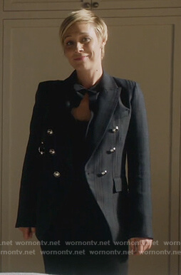 Bonnie's double breasted stripe blazer on How to Get Away with Murder