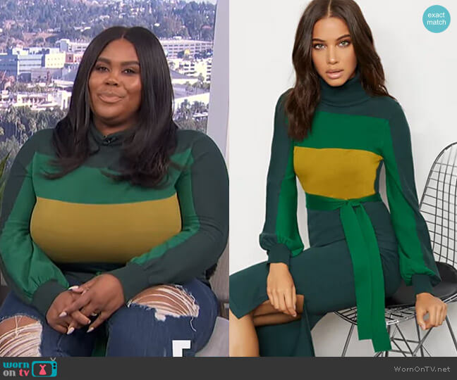 Colorblock Turtleneck Sweater - 7th Avenue by New York & Company worn by Nina Parker  on E! News