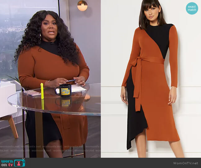 Sheena Sweater Dress - Eva Mendes Collection by New York & Company worn by Nina Parker  on E! News