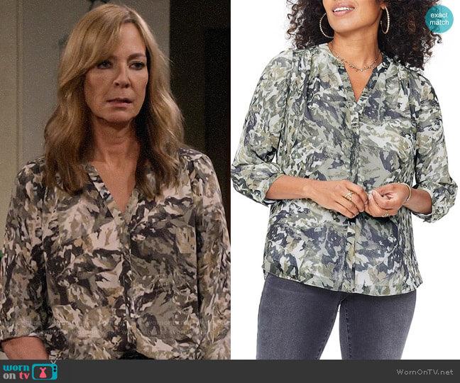 NYDJ Pleat Back Blouse worn by Bonnie Plunkett (Allison Janney) on Mom