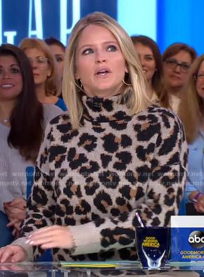 Sara's leopard turtleneck sweater on GMA Strahan Sara And Keke
