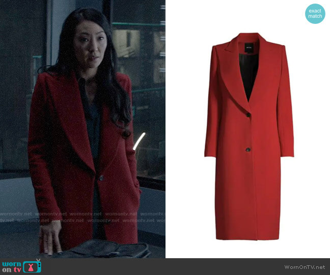 Smythe Peak-Lapel Wool Coat worn by Catherine Hamilton-Kane (Elizabeth Anweis) on Batwoman