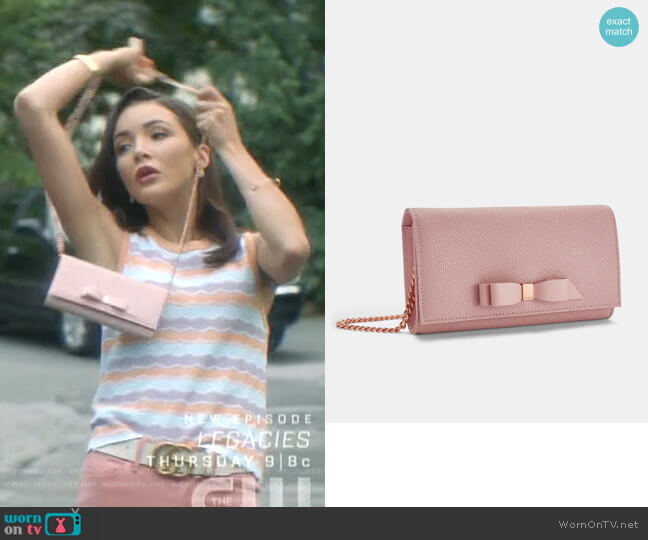 Alaine Shoulder Bag by Ted Baker worn by Bess (Maddison Jaizani) on Nancy Drew