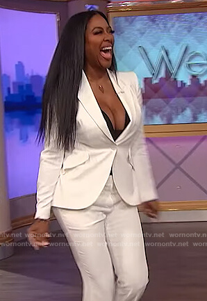 Kenya Moore's white blazer and pants on The Wendy Williams Show
