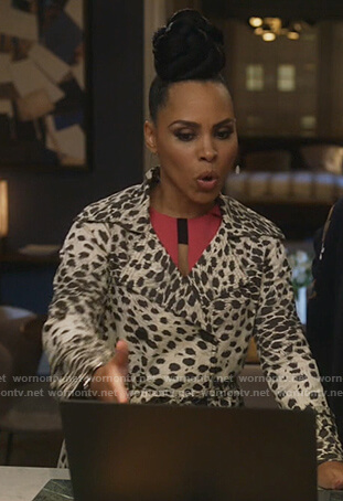 Tegan's black feather print top on How to Get Away with Murder