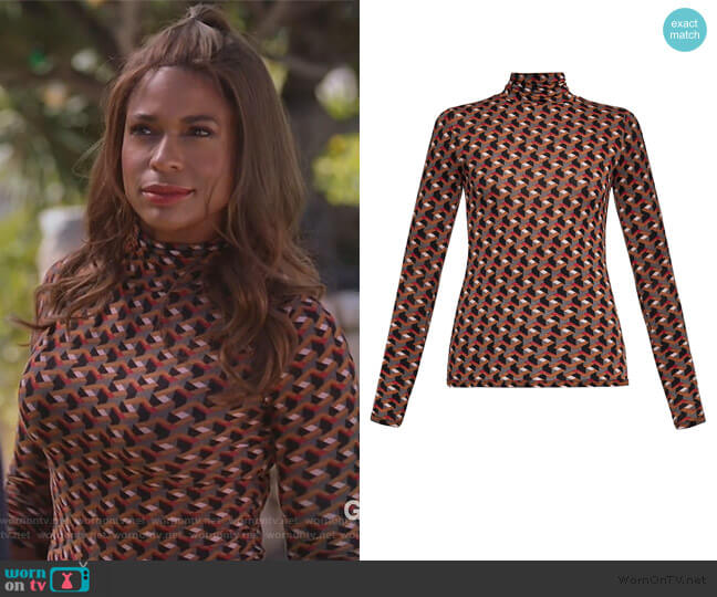 Printed Turtleneck Top by BCBGMAXAZRIA worn by Poppy (Kimrie Lewis) on Single Parents