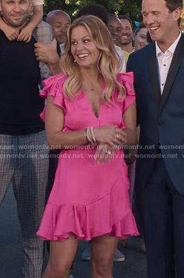 DJ's pink ruffled wrap dress on Fuller House