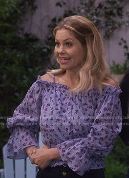 DJ's blue floral off-shoulder blouse on Fuller House